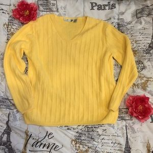 Willowbay V neck Yellow Cable Knit Sweater